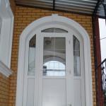 Обрамление двери декором LEAR